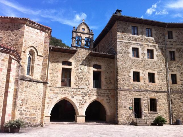 Monasterio de Santo Toribio de Liébana en Cantabria. FROILÁN DE LÓZAR