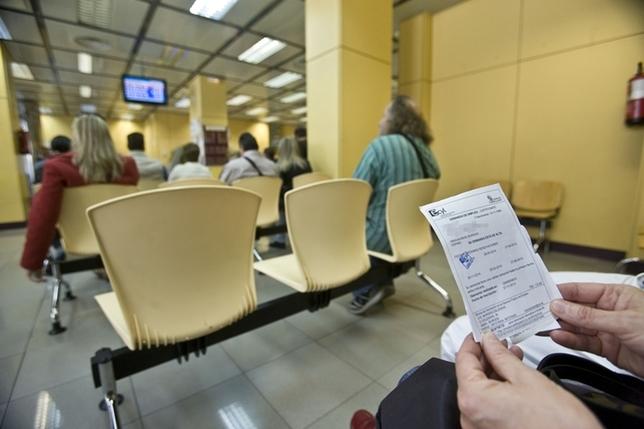 Parados menos diario de burgos for Oficina de empleo burgos