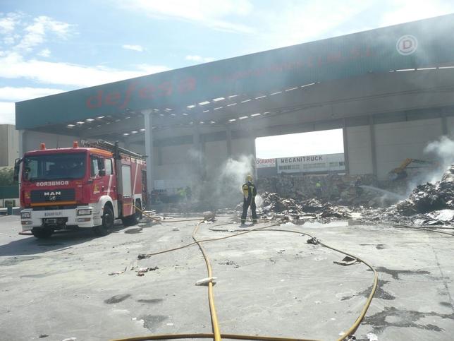 Imágenes del incendio./ LA TRIBUNA DE CIUDAD REAL