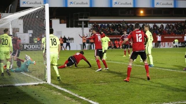 El Mirandés remonta al Almería. @LaLiga