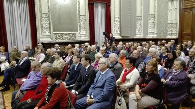 Parte del público asistente al acto.