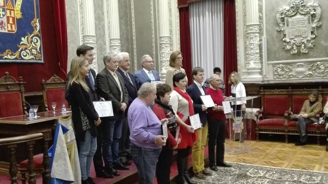 Los toreros palentinos y sus representantes por ausencia de algunos, con El Viti, Carlos Martín Santoyo, Ángeles Armisén y Carmen Fernández.