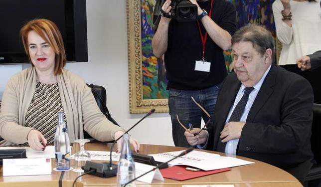 Fernández Vaquero en la reunión de la Coprepa. JUAN LAZARO