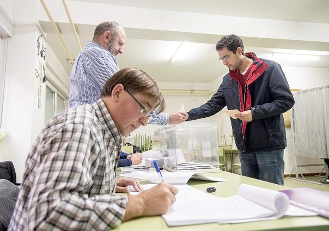 Vila contar con diez mesas electorales m s el 26 de for Oficina del censo electoral
