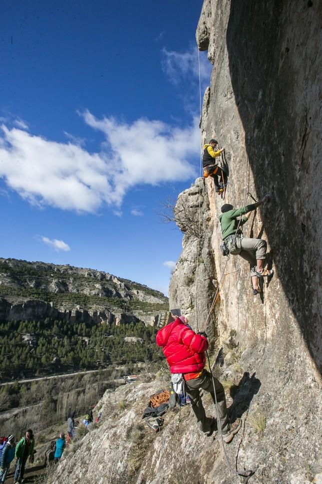 Los escaladores tuvieron la opción de escalar 45 vías, de entre 20 y 25 metros de altura, y diferentes grados de dificultad.  Reyes Martínez