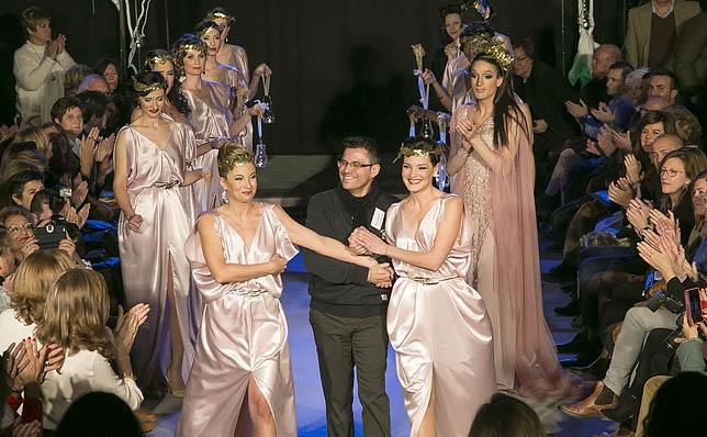 Desfile benéfico del diseñador José Martín a favor de AFA Palencia en 'San Pedro Cultural'