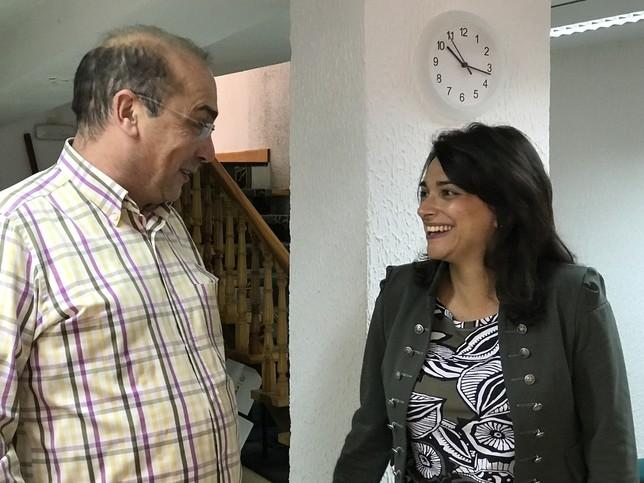 Alicia Palomo junto al secretario de Organización del PSOE de Segovia, José Antonio Mateo.