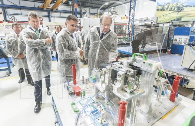 Con una visita del Presidente de la Junta se conmemoró el 50 aniversario de la empresa Molteplas en Burgos
