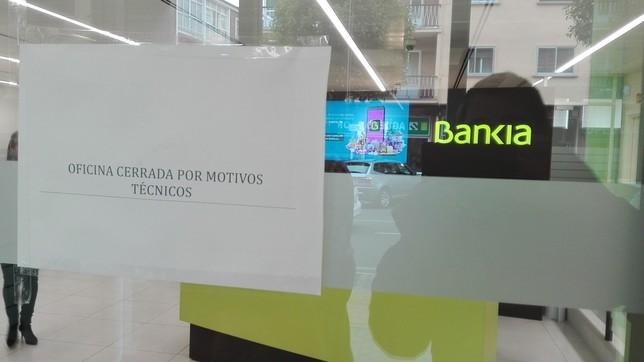 Atraco a mano armada en bankia diario de vila for Oficinas de bankia en zaragoza