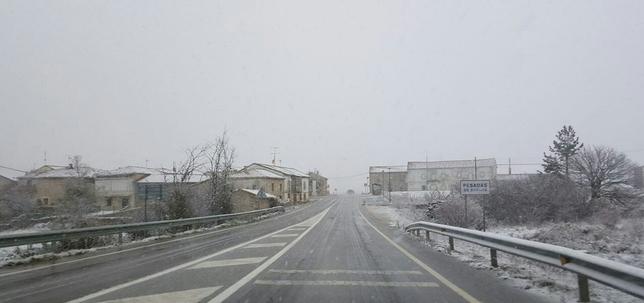 Nieve en Pesadas de Burgos. @PesadasdeBurg