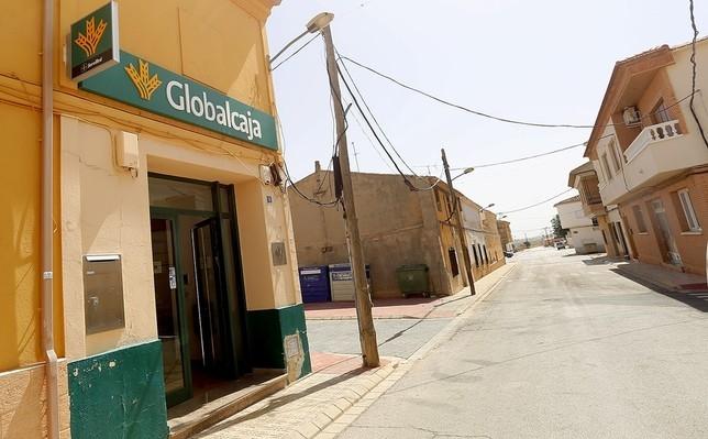 En albacete crece la red bancaria la tribuna de albacete for Oficina correos albacete