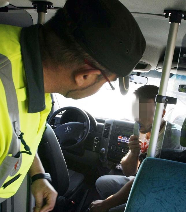 300 denuncias por drogas al volante la tribuna de ciudad - Jefatura provincial de trafico de albacete ...