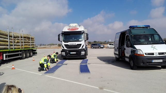 Itv de camiones en carretera la tribuna de albacete - Jefatura de trafico de albacete ...