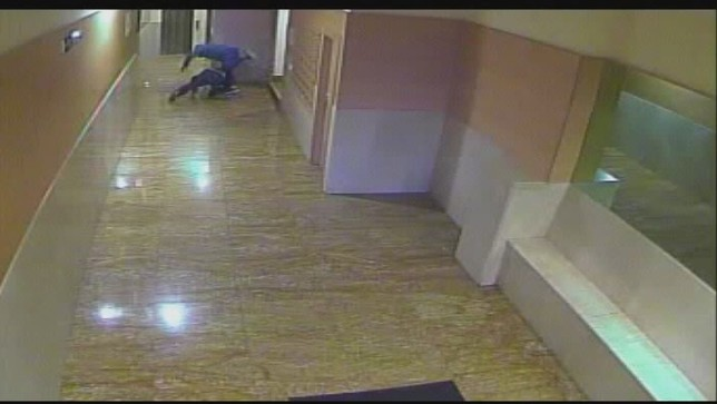 Violento robo en un portal de Pamplona