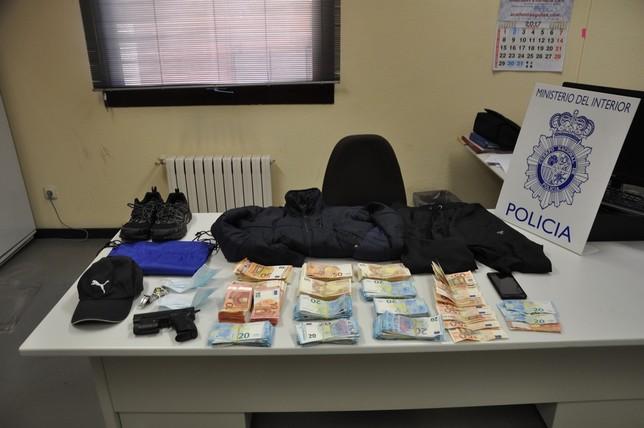 Detenido el presunto ladr n de bancos diario palentino for Oficinas targobank