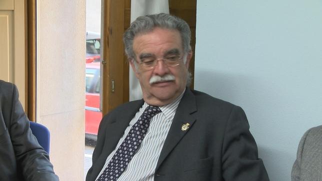 El candidato Julián Sanz, ahora vicedecano  D.M.