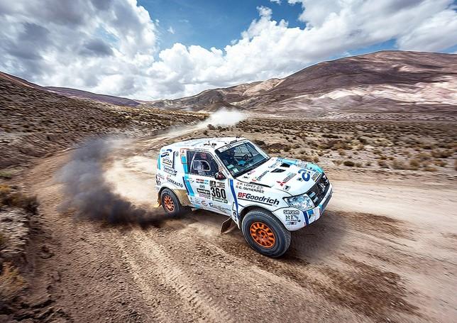 Cristina Gutiérrez sigue en carrera peleando por su sueño de acabar el Dakar tras una octava etapa
