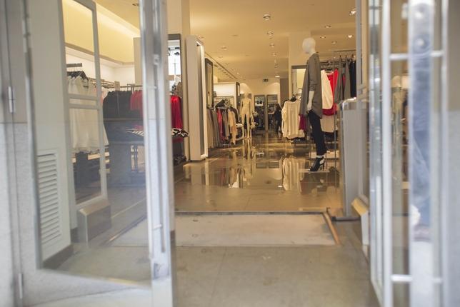 Inundaci n en comercios del centro la tribuna de ciudad real - Zara ciudad real ...