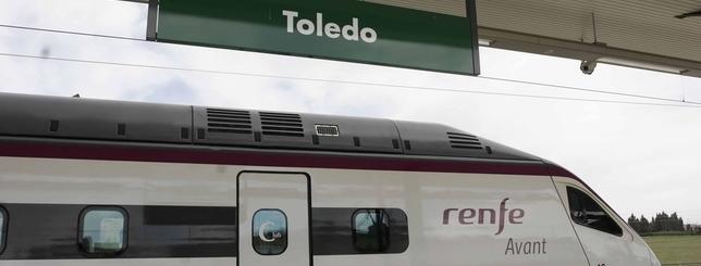 Renfe transporta al día una media de 5.200 viajeros en la línea Toledo-Madrid Yolanda Lancha