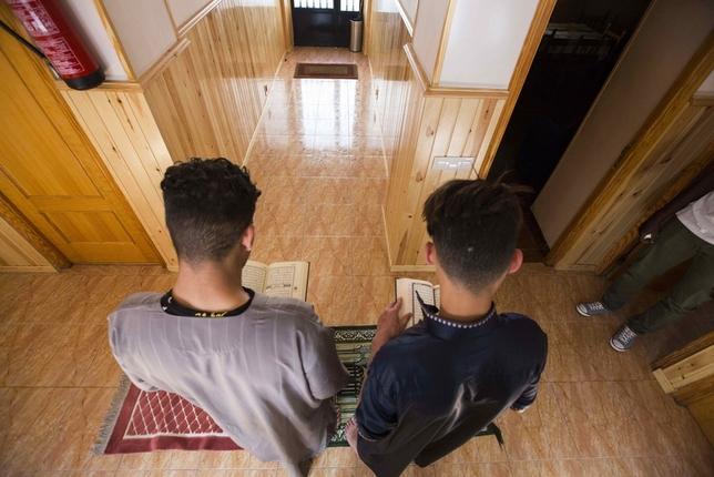 Dos musulmanes por cada 100 vecinos Fotos: Rueda Villaverde