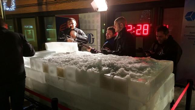 Un récord de 3 horas y 34 minutos enterrado en hielo