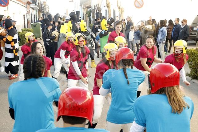 Las mejores imágenes del desfile de Carnaval de El Bonillo./ Rubén Serrallé