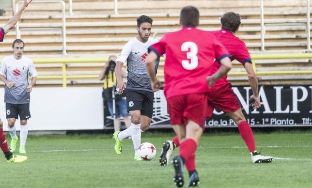 Momento en el que Youssef se prepara para el disparo que se convertiría en el 1-0. Alberto Rodrigo