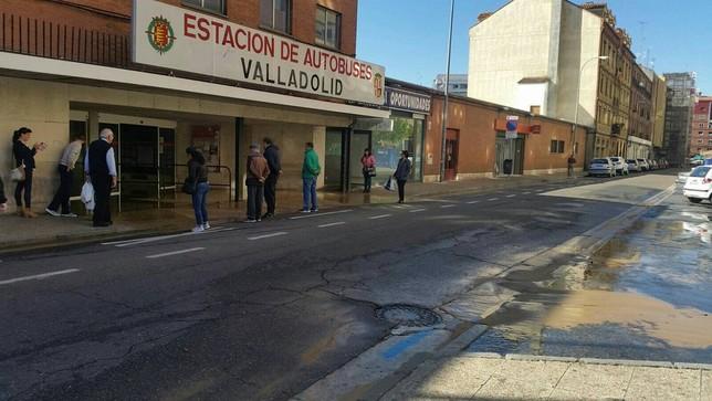 La estación de autobuses, inundada Policía Municipal