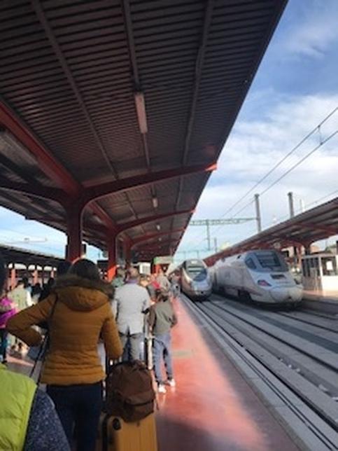 Estación de Chamartín, hoy, al mediodía A.M.