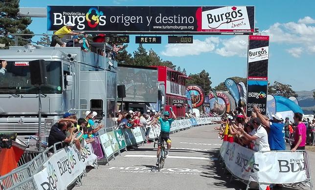 Supermán López ha logrado lo que se le escapó en 2015: ganar en Las Lagunas de Neila. J.D.M.