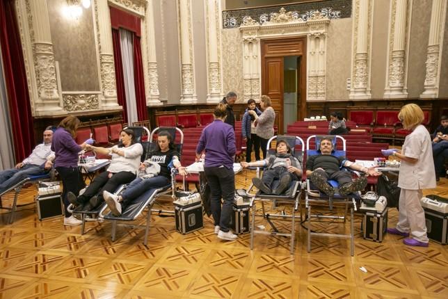 La maratón de donantes bate récord con 221 bolsas de sangre