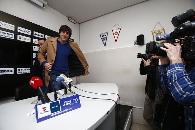 Patxi Salinas a su llegada a la sala de prensa de El Plantío Valdivielso