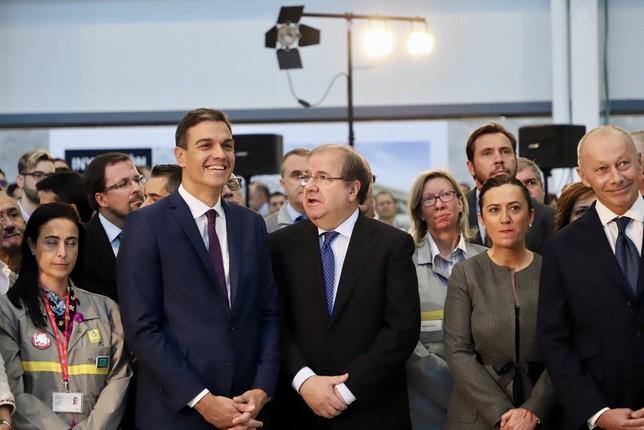 Visita de Sánchez y Herrera a la planta de inyección de aluminio de Renault en Valladolid.