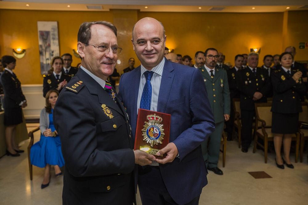 Festividad de la Policia Nacional, fiesta de los Ã?ngeles Custodios, patrón de la policia nacional, entrega de medallas