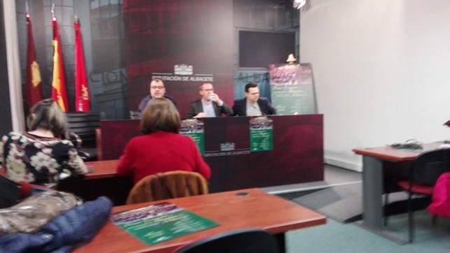 Los tres alcaldes presentaron el encuentro