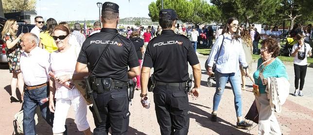 La Policía detiene a una persona al mes por simular delitos