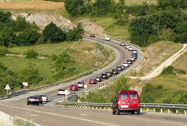 Casi 6.000 firmas exigen una autovía a Vizcaya por el Cabrío