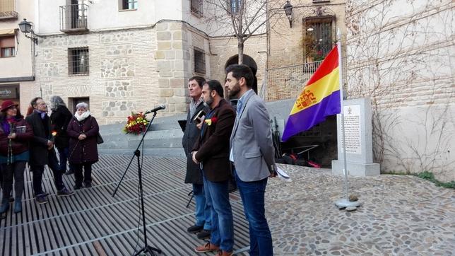 «Las víctimas de Franco fueron también las de Hitler»