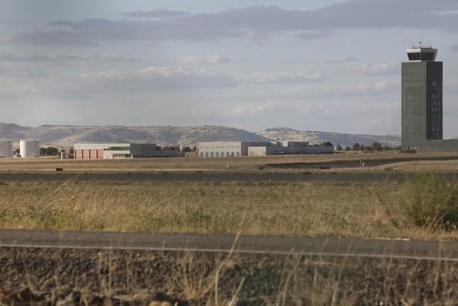 19 de abril: nueva fecha límite para comprar el aeropuerto