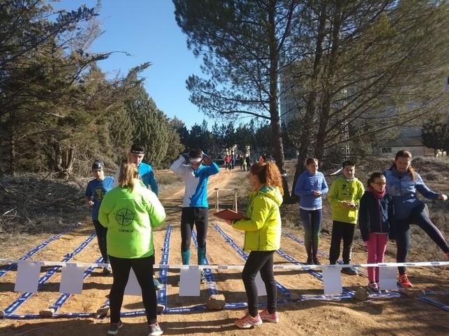 Cien orientadores participan en el circuito de la Diputación