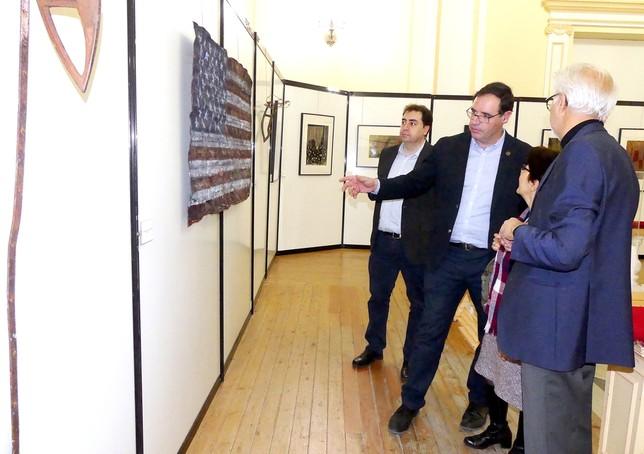 El Palacio Provincial acoge la exposición del iraní Sanatian