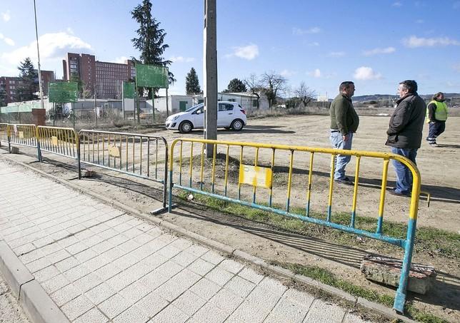 Arrancan las obras del hospital con los primeros empleados Oscar Navarro