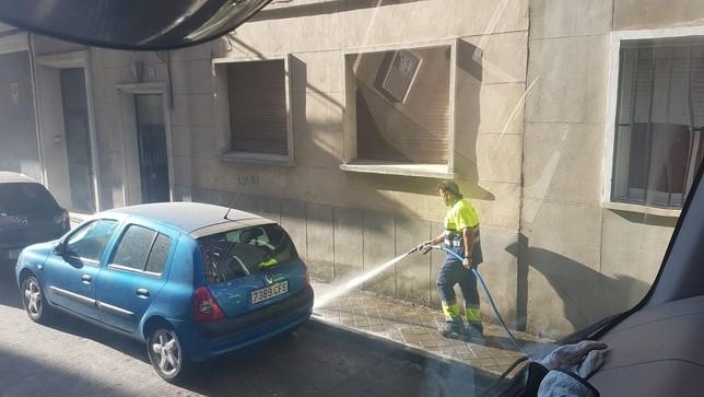 El Consistorio intensifica el plan de limpieza viaria