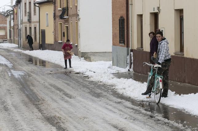Nieve en Frómista
