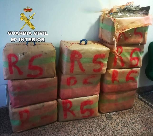 Detenido por portar 350 kilos de hachís y darse a la fuga