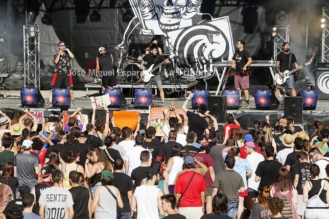 Miles de personas se dieron cita en El Bonillo para disfrutar de los conciertos del Alterna