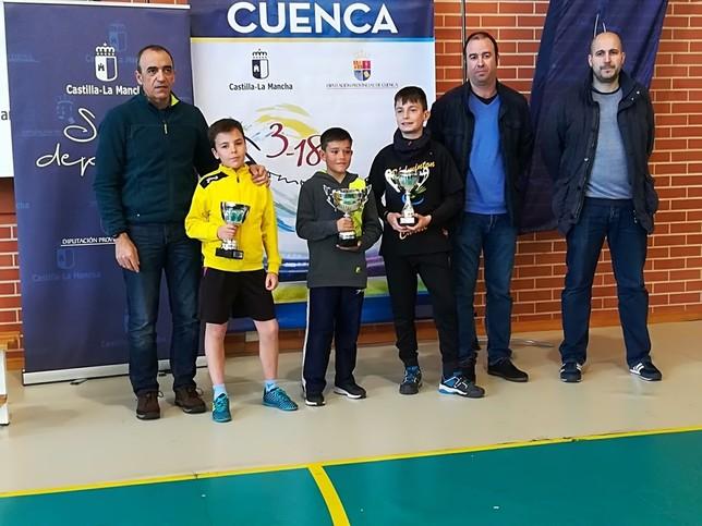 El provincial de bádminton escolar reunió a 75 raquetas