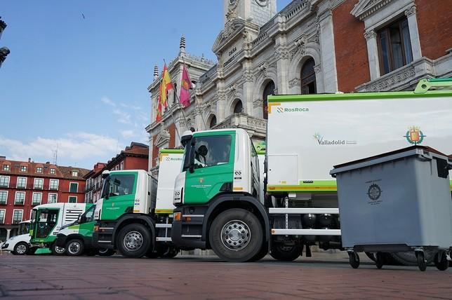 El Ayuntamiento incorpora diez nuevos vehículos de Limpieza