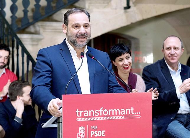 Ábalos acusa a PP y Ciudadanos de claudicar ante Vox