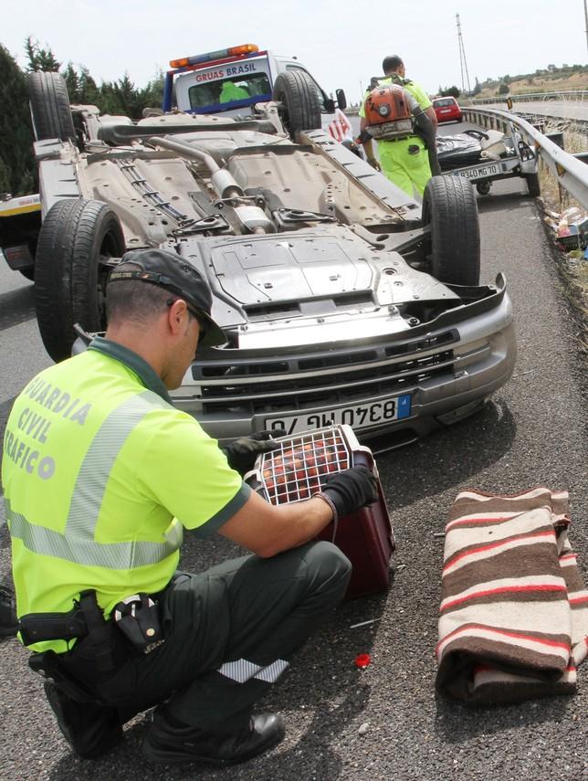 Dos heridos en un accidente en Dueñas